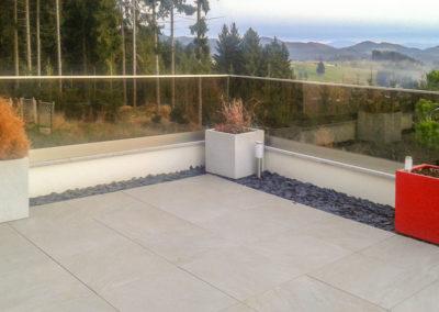Terrasse aus Keramikplatten 60/60