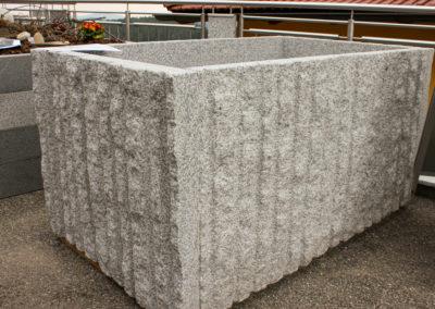 Hochbeete aus Granit